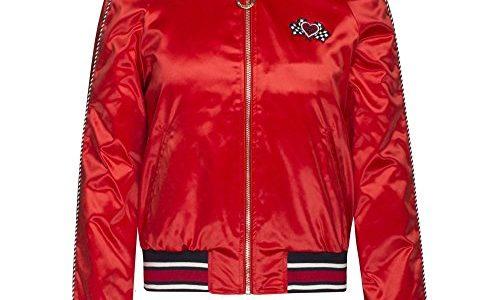 【ぴったんこカン・カン 5/4】高梨沙羅の衣装(赤ブルゾン・トップス・スカート・スニーカー)のブランドは?