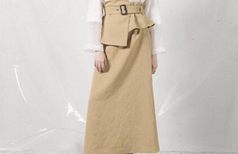 【激レアさんを連れてきた。5/15】朝比奈彩の衣装(スカート&ベルト)のブランドは?