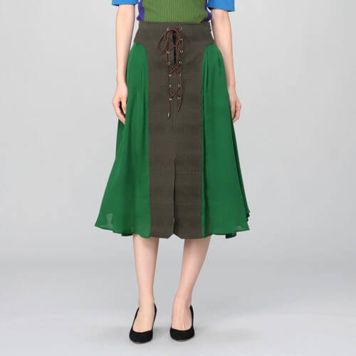 【行列のできる法律相談所 1/6】永野芽郁の衣装ブランドは?